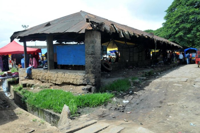 The deplorable condition of a shed in the shandy ground in Chikkamagaluru.