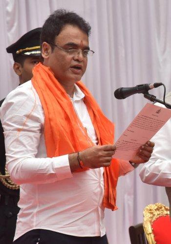 Dr Ashwath Narayan C N