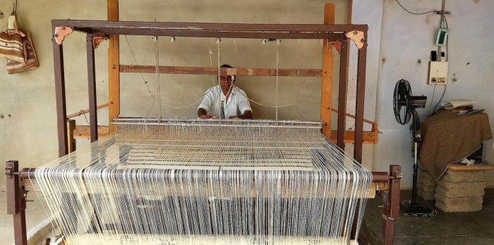 Siju Naran Mandan working on a loom in Bhujodi. PHOTOS BY AUTHOR