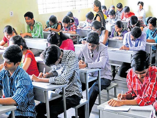 The total enrollment in higher education has been estimated to be 3.74 core in 2018-19, with 1.92 crore students being men and 1.82 core women constituting 48.6% of the total enrollment.