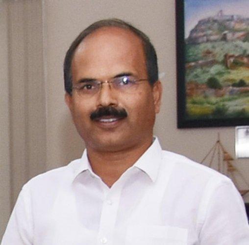 H V Manjunath