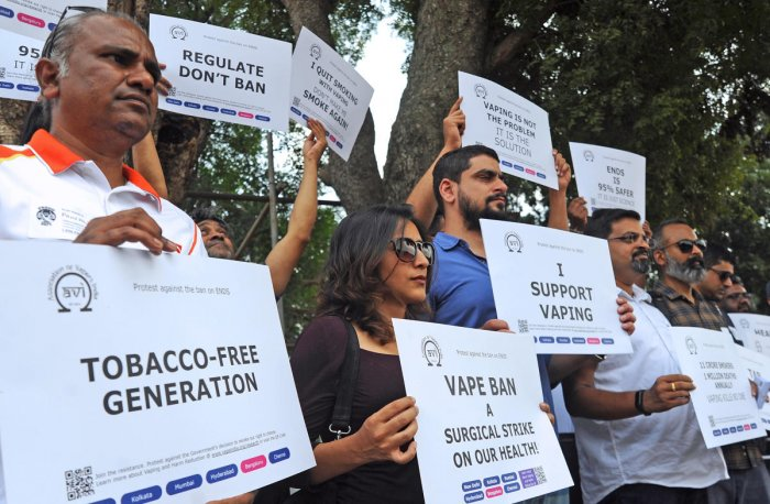 Members of the Association of Vapers India held a protest, demanding that the ban on e-cigarettes be withdrawn, at Freedom Park in Bengaluru on Saturday. DH Photo