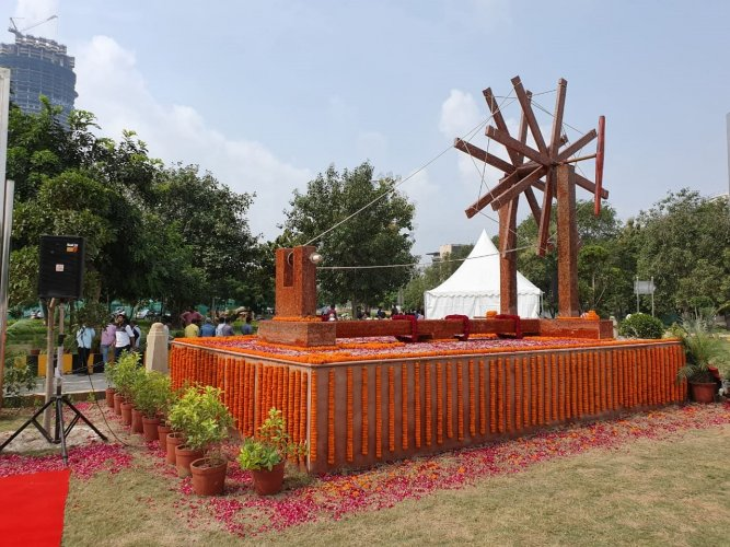 The 'charkha', which symbolises Gandhi's dream of Swadeshi (self-sufficing and self-reliance), measures 14 ft × 20 ft × 8ft and is made of 1,250 kg of used plastic, according to officials. Photo/Twitter