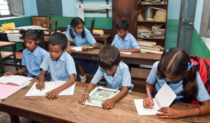The Niti Aayog, in its report indicated that much has to be done at the level of the policymakers and the government in Karnataka to maintain and further improve the delivery of quality school education in the state. DH File Photo for representation