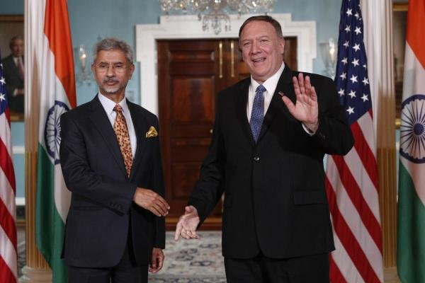 US Secretary Of State Mike Pompeo (R) meets with Indian External Affairs Minister Subrahmanyam Jaishankar at the US Department of State. (Photo/AFP)