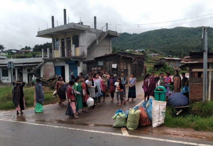 Residents deposit plastic waste in a Meghalaya village. Photo/Meghalaya government