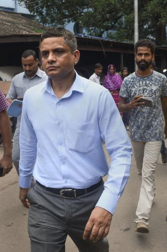 Former Kolkata Police Commissioner Rajeev Kumar appears before the Alipore court in connection with the Saradha scam case, in Kolkata, Thursday, Oct. 3,2019. The court granted him bail in the case on the basis of two bonds for Rs 50,000 each. (PTI Photo)