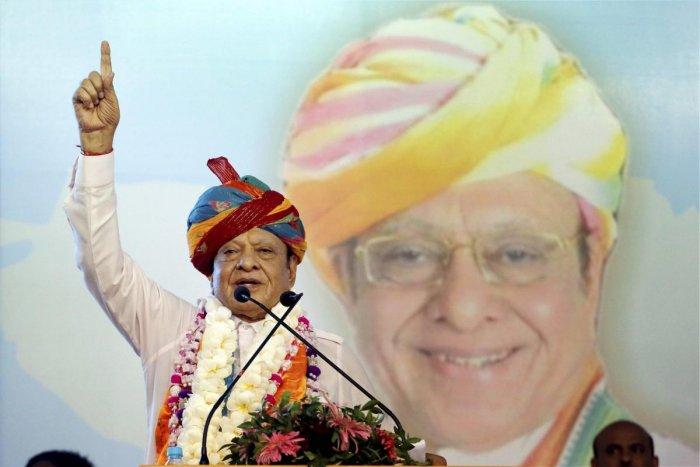 Former Gujarat chief minister and Congress veteran Shankersinh Vaghela. (PTI Photo)