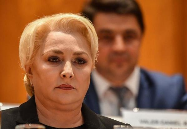 Romanian Prime Minister Viorica Dancila attends a parliament session called to debate and vote a non-confidence motion on the Romanian Government at the Parliament Palace in Bucharest October 10, 2019. (AFP photo)