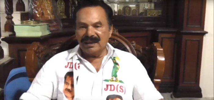 It is better to go for a fresh mandate by dissolving the government,said former minister Amarnath Shetty.Photo/Youtube screengrab