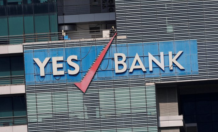 The logo of Yes Bank is pictured on the facade of its headquarters in Mumbai, India. (Reuters Photo)