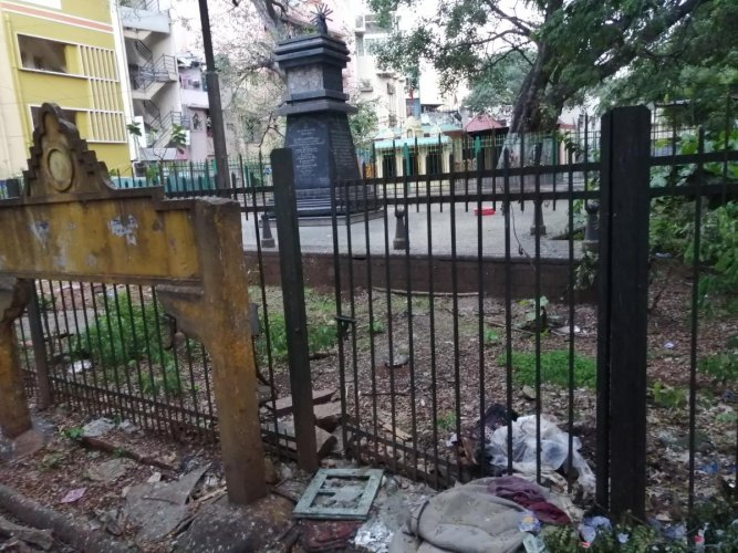 The memorial inside Banappa Park. DH PHOTO/SANDESH M S