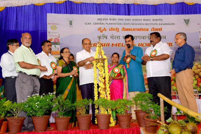 Campco President S R Sathishchandra inaugurates a two-day Kisan and Horti Mela, at ICAR-Central Plantation Crops Research Institute Research Centre, Kidu, on Saturday.