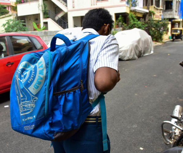 The HRD Ministry had formed the guidelines in 2016 to ensure students do not get bogged down with the burden of carrying heavy bags to schools. (File for representation)