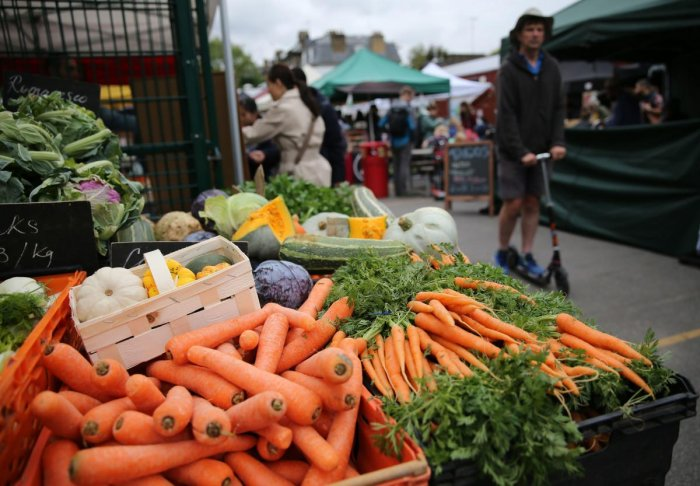Experts say if vegetable prices remained high in the coming weeks, the year 2019-20 could end up with inflation as high as 4%.