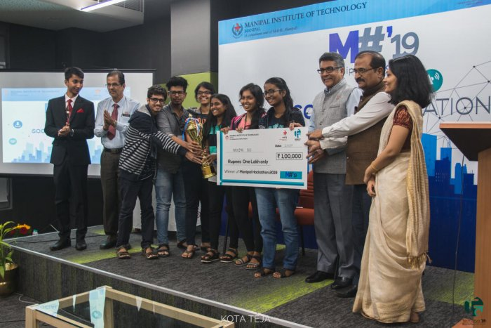 Team Hacking Bad from Sardar Patel Institute of Technology, Mumbai, which won Manipal Hackathon was presented a cheque of Rs 1 Lakh at MIT in Manipal.