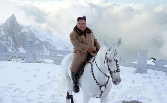 This undated picture released by Korean Central News Agency on October 16, 2019 shows North Korean leader Kim Jong Un riding a white horse amongst the first snow at Mouth Paektu. (Photo: AFP)