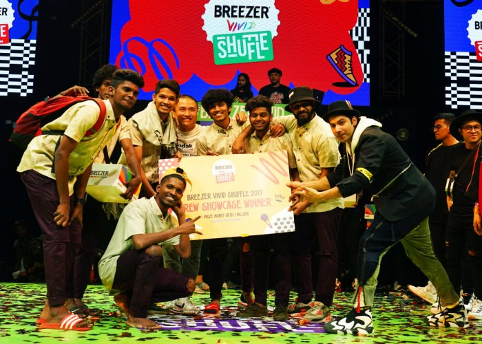 BFAB crew at the Breezer Vivid Shuffle after their win.