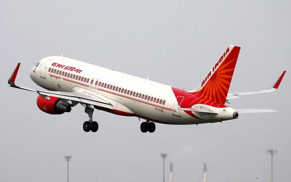 An Air India Airbus A320-200 aircraft takes off from the Sardar Vallabhbhai Patel International Airport in Ahmedabad. (Reuters photo)