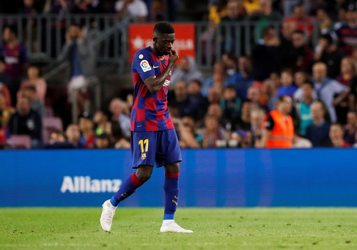 Barcelona's Ousmane Dembele after being sent off by referee Antonio Mateu Lahoz. (Reuters Photo)