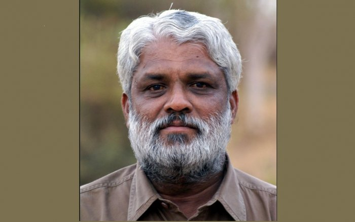 Veteran writer KB Siddaiah died in car crash near Suganahalli-Kenkere, Hobli (Photo: Facebook)