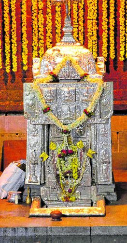 Theerthakundike specially decorated for Theerthodbhava at Talacauvery. DH photo