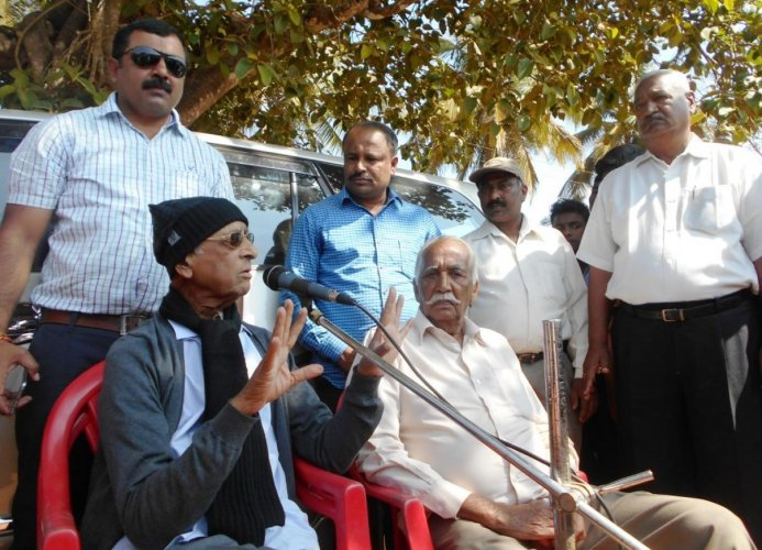'Free Kodagu from clutches of communalism'