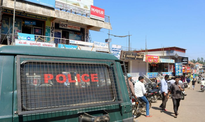 Commercial establishments remained open during Kodagu Bandh in Somwarpet on Wednesday.
