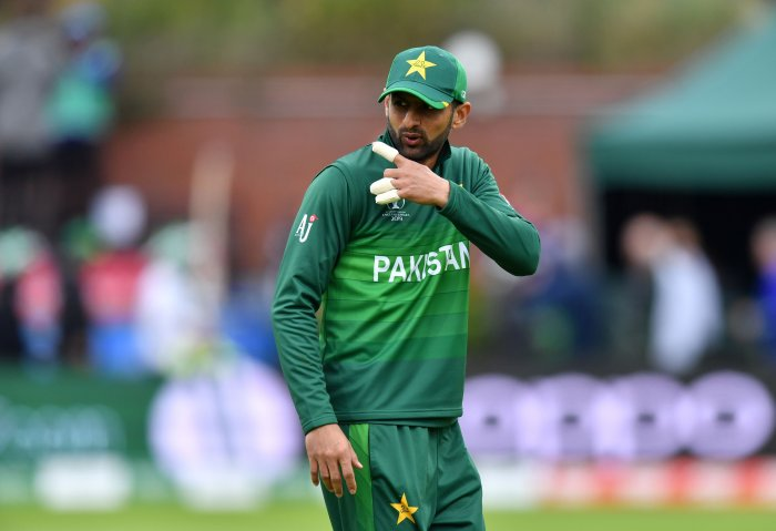 Pakistan's Shoaib Malik gestures during the 2019 Cricket World Cup group stage match between Australia and Pakistan at The County Ground in Taunton, southwest England. (AFP Photo)