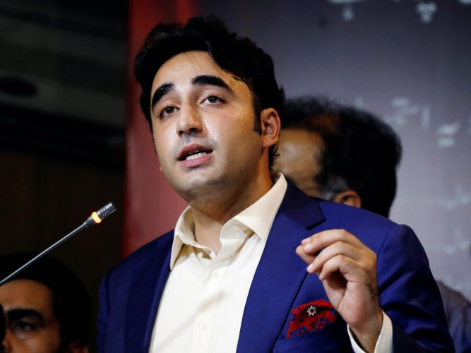 """""""Everyone is fed up with this puppet government,"""" Bilawal said. Photo/Reuters"""