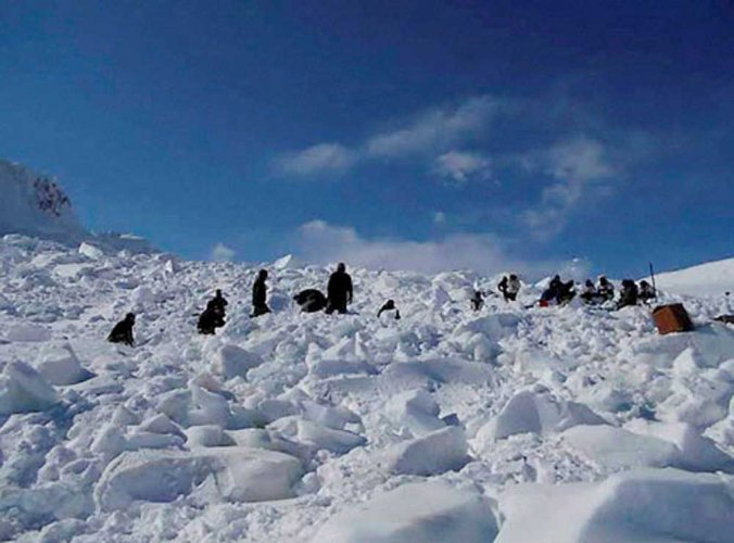 Defence Minister Rajnath Singh on Monday announced that a stretch from the Siachen base camp to Kumar post, has been opened for tourism.
