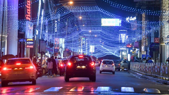 Brigade Road remains lit up for the festive season. DH PHOTO/B H SHIVAKUMAR