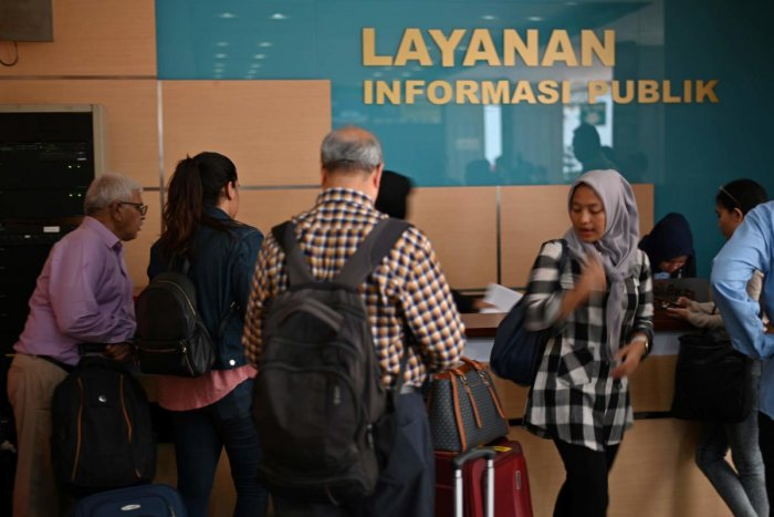 Families of those killed when a Lion Air plane crashed last year met with Indonesian safety regulators (AFP Photo)