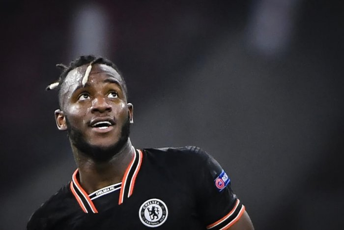 Chelsea's Belgian striker Michy Batshuayi reacts at the end of the UEFA Champions League Group H football match between Ajax Amsterdam and Chelsea on October 23, 2019 at the Johan Cruijff Arena, in Amsterdam. (Photo by John THYS / AFP) Close Selected