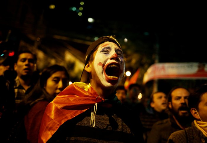 A protester shouts slogan during a demonstration in La Paz, Bolivia October 23, 2019. REUTERS/David Mercado