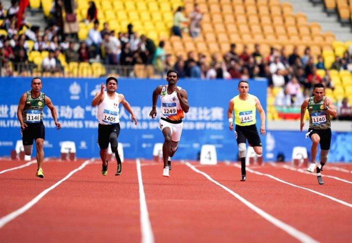 Subedar Anandan Gunasekaran (centre) at the military world games held in Wuhan, China, on Thursday. (Indian Army)