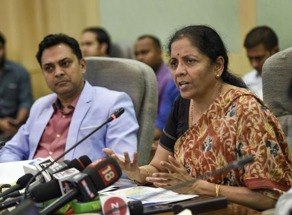 Finance Minister Nirmala Sitharaman with Chief Economic Advisor KV Subramanian addresses a press conference on 'Ease of Doing Business Rankings' in New Delhi, Thursday, Oct. 24, 2019. (PTI photo)