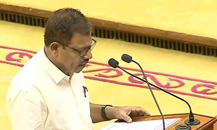 Kamaruddin said that though taking oath in Kannada would please the Kannada speaking people of his constituency, others speaking the language might not feel bad about it as people of Manjeshwar generally loves all languages.