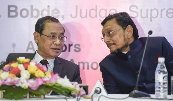 Justice S A Bobde and CJI Ranjan Gogoi. (PTI photo)