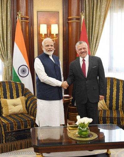 Narendra Modi meets King Abdullah II of Jordan. (Twitter)