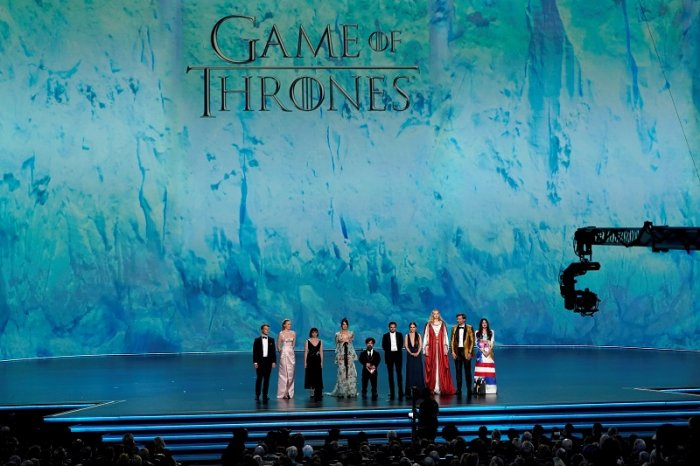 "The cast of ""Game of Thrones"" stands on stage. (Reuters Photo)"