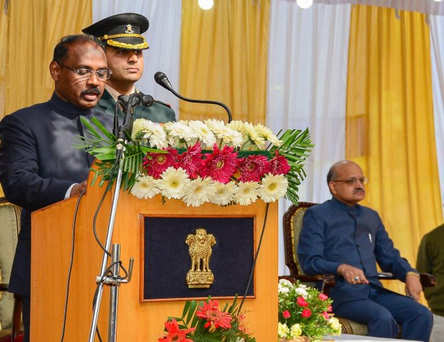 Girish Chandra Murmu being sworn-in as the 1st Lt. Governor of Jammu and Kashmir by Justice Gita Mittal (unseen), Chief Justice of Jammu and Kashmir High Court, at a ceremony in Srinagar, Thursday, Oct. 31, 2019. (PTI Photo)