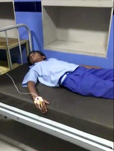 A student undergoes treatment at a hospital in Mysuru on Thursday. DH PHOTO