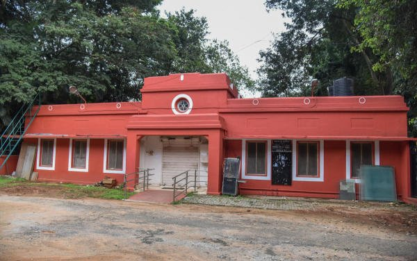 The old Election Commission Building in Cubbon Park that will make way for annexe building of high court. (DH file photo)