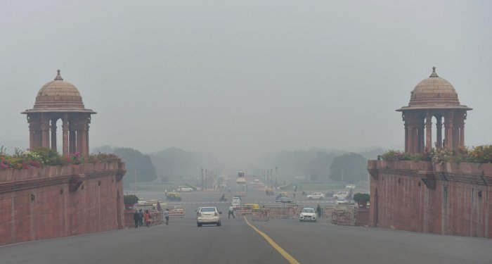 A view of Rajpath shrouded in smog in New Delhi (PTI Photo)
