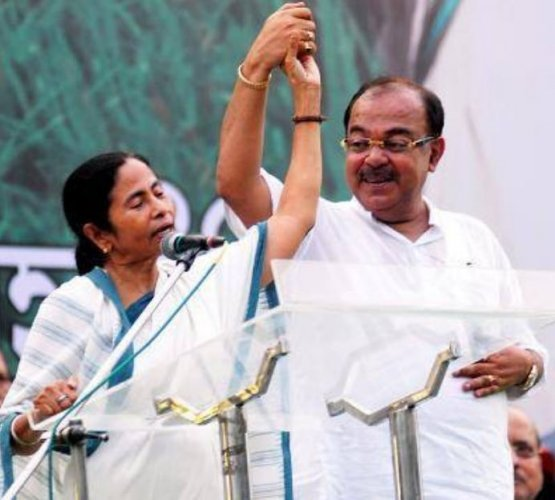 Ex-TMCleader and now BJP memberSovan Chatterjee with West Bengal CM Mamata Banerjee (Photo: Facebook/Sovon Chatterjee)