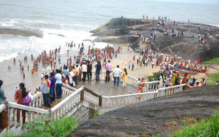 Someshwara beach (DH Photo)