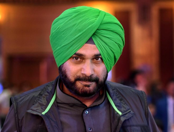 In a letter to External Affairs Minister S Jaishankar, Sidhu said that he had been invited by the Pakistan government for opening ceremony of Kartarpur Sahib corridor on November 9. Photo/PTI