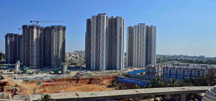 An apartment under construction in Bengaluru. DH Photo/ Ranju P