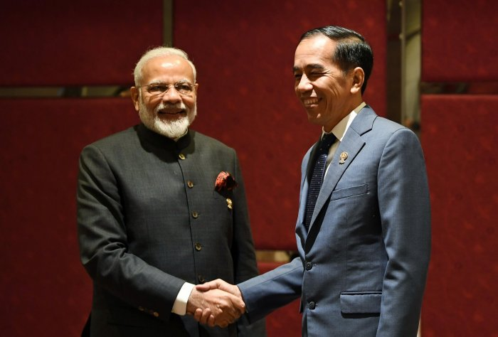 Noting that India and Indonesia are close maritime neighbours, both leaders reiterated their commitment to work together for peace, security, and prosperity in the Indo-Pacific region. Photo/Twitter (@narendramodi)